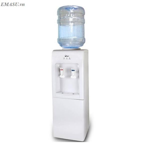Cây nước nóng lạnh FujiE WD1105E có khả năng làm nóng nước tới 95 độ C giúp pha trà, cà phê, pha mì cực ngon