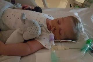 Charlie Gard: Justiça inglesa sentencia bebê à morte