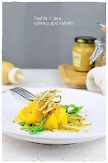 Ensalada de espinacas, mango y gulas crujientes con vinagreta de mostaza- Significado y nutrientes de los colores de alimentos