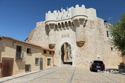 Puerta de Santa María de Hita