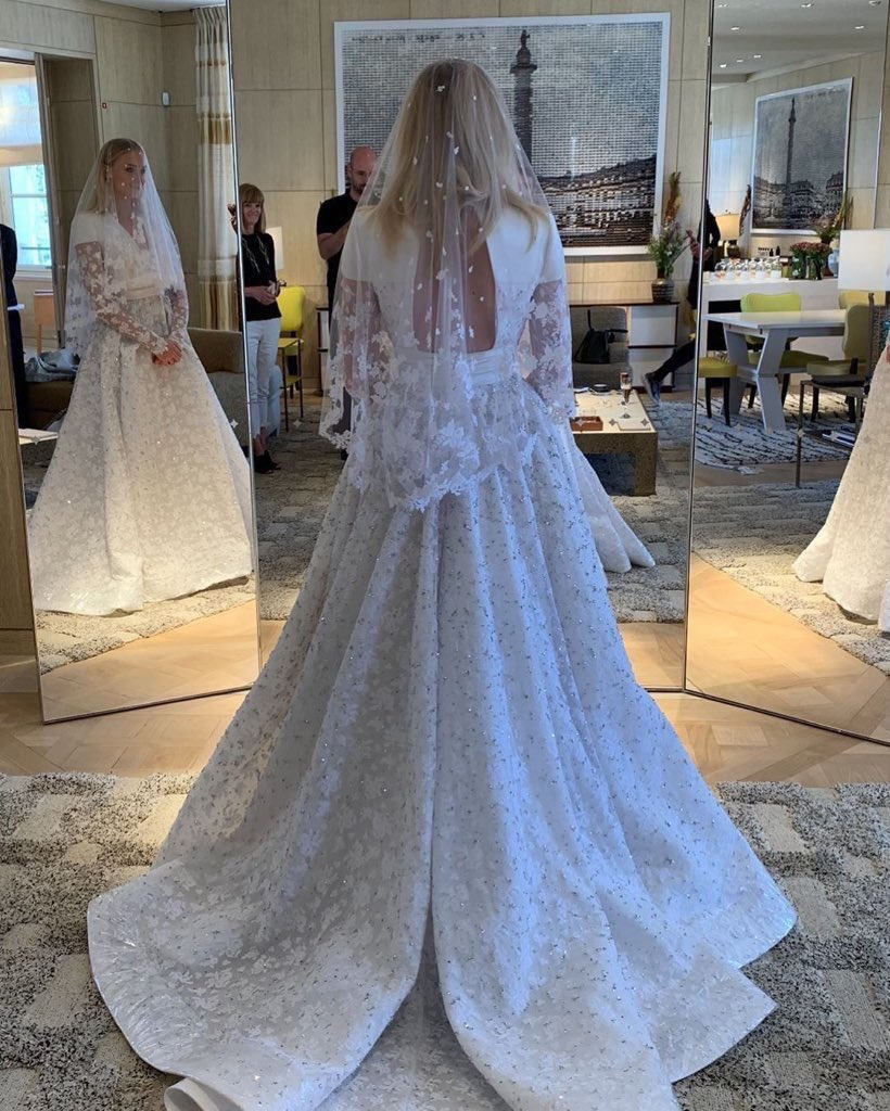 Game of Thrones Star Sophie Turner's Wedding Gown is Stunning!