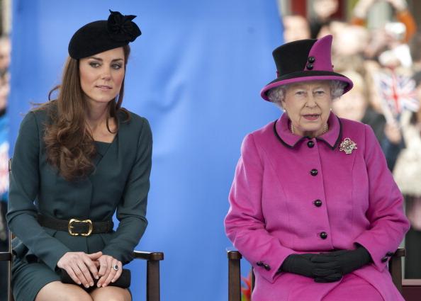 Relacje Kate z Królową