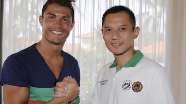 Agus Yudhoyono Dan Christiano Ronaldo Bersahabat? Nitizen Heboh