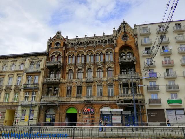 Zabytkowa kamienica przy ul. Narutowicza w Łodzi - kamienica Auerbachów - CZYTAJ DALEJ