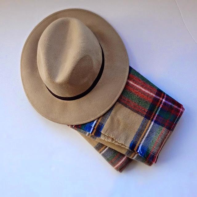 Primark online: sombrero y bufanda para mujer