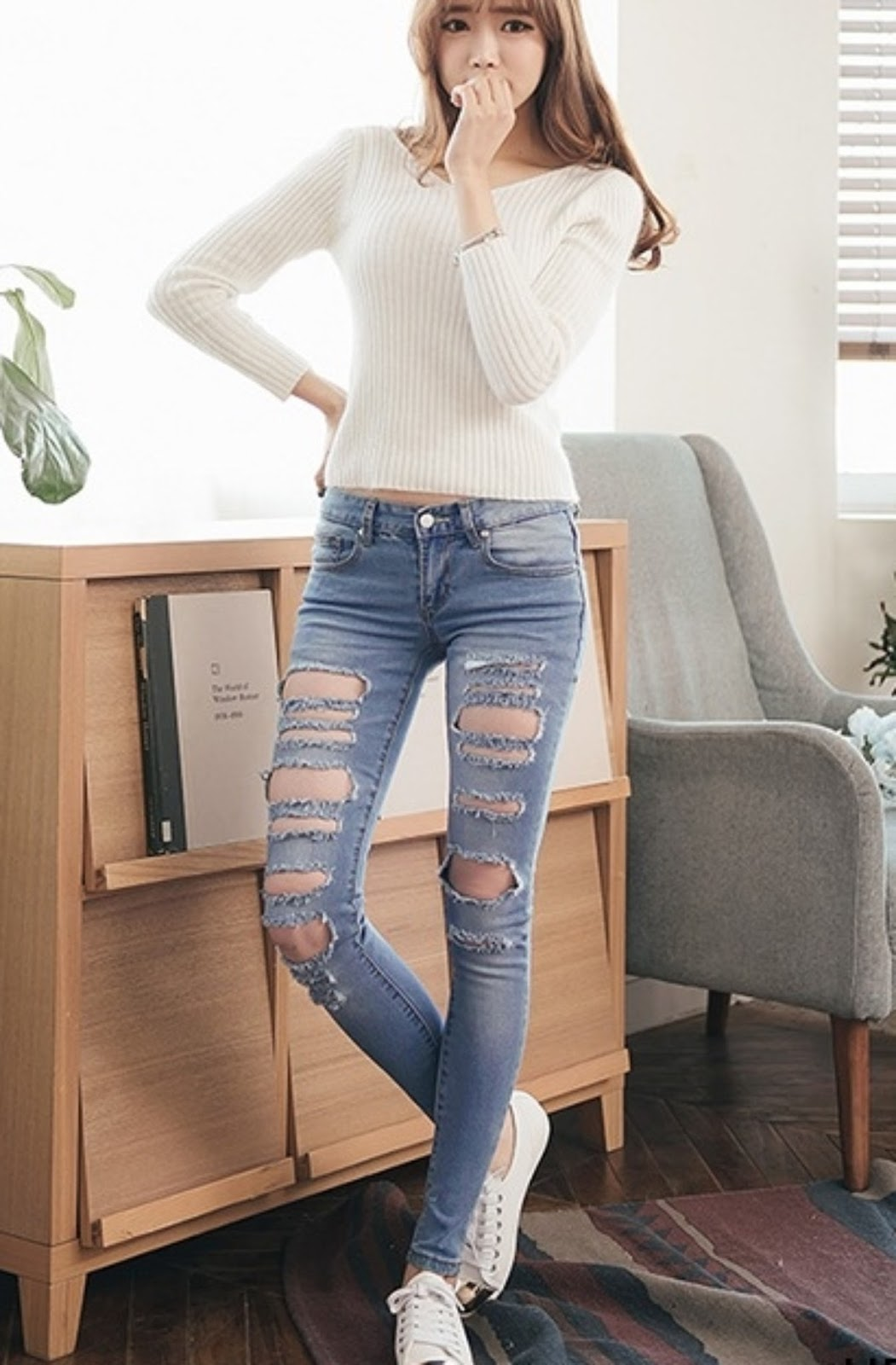 Sexy Teen Girls In Tight Jeans