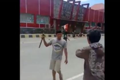 Mencekam! Warga Papua dan Pendatang Saling Serang, Ini Videonya!
