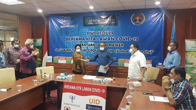 United in Diversity Berikan Sumbangan 50 Ribu Masker ke Persatuan Wartawan Indonesia