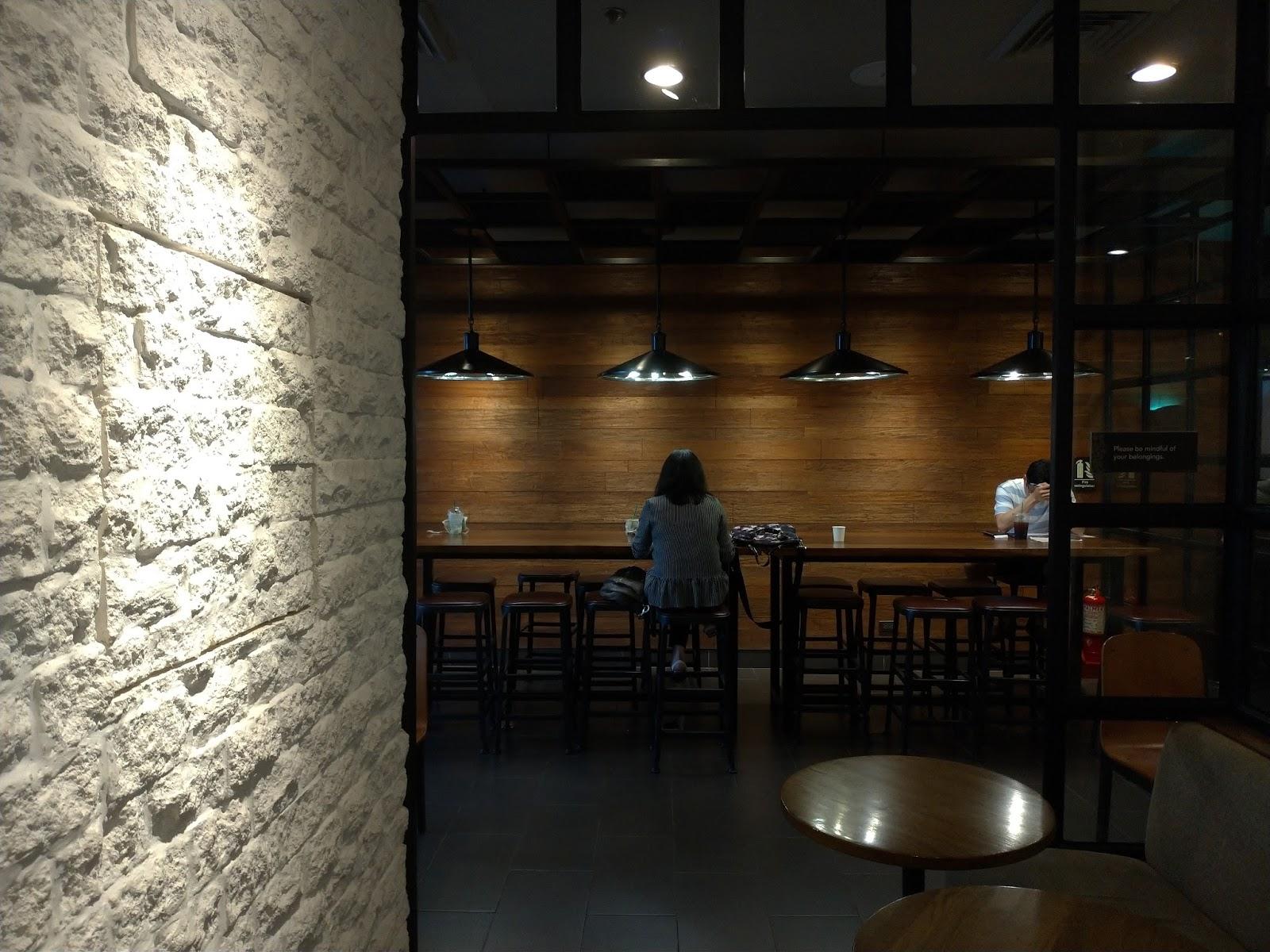 Asus ZenFone 5 Sample Indoor Camera Shot
