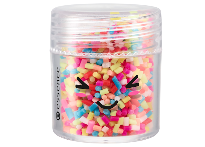 essence-happy-kawaii-3d-nails-topping