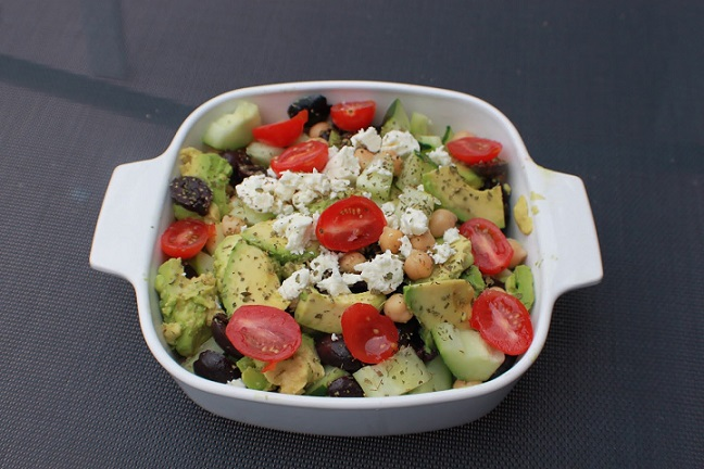 this is a chickpeas avocado salad