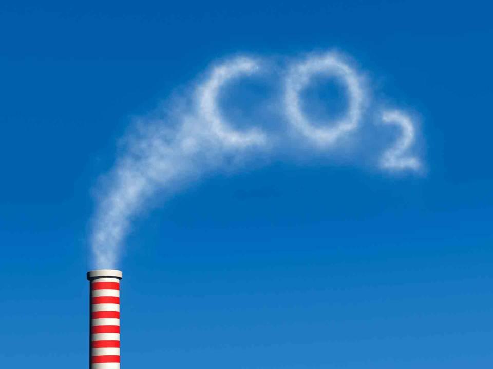 خلية كهروكيميائية تنتج الكهرباء والمواد الكيميائية من ثاني أوكسيد الكربون !