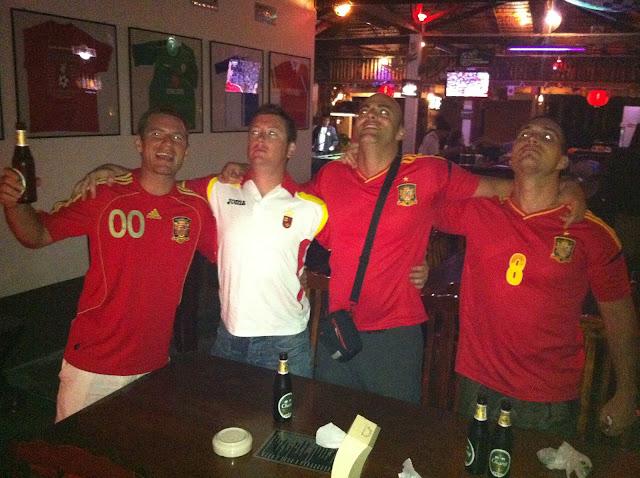 Españoles en Tailandia