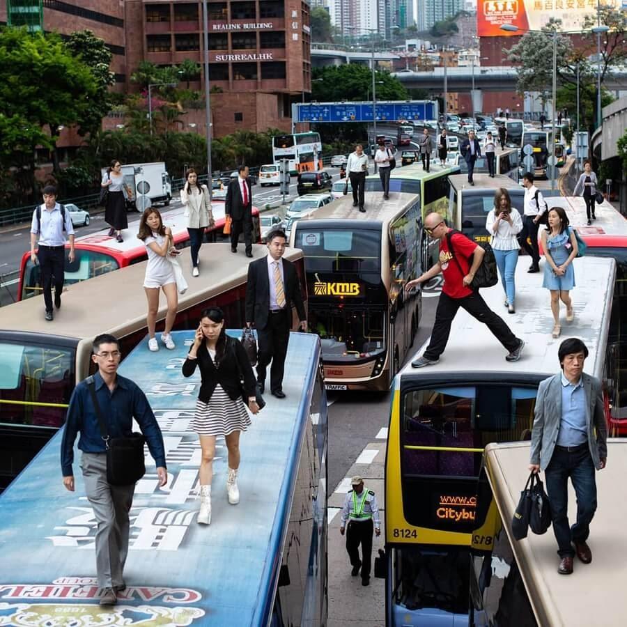04-Traffic-creates-new-walkways-Tommy-Fung-www-designstack-co
