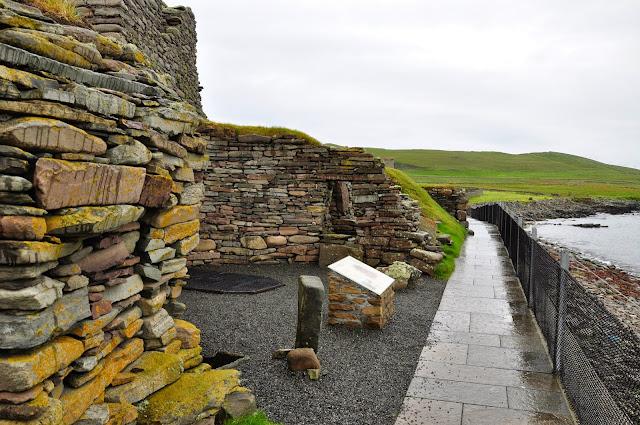wielokulturowe stanowisko archeologiczne w Jarlshof, Szetlandy - broch