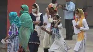 कहीं नाइट कर्फ्यू तो कहीं स्कूल हुए बंद...5 दिन के अंदर कोरोना वायरस नेे बदली भारत की सूरत