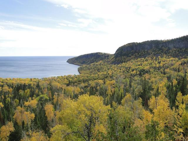 fall scene at Lake superior near Thunder Bay