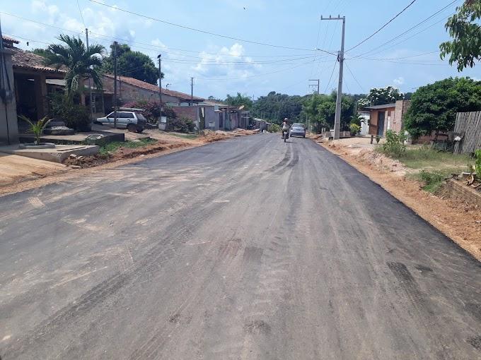 Diversos bairros de Itaituba estão recebendo obras de aterro, terraplanagem e asfaltamento