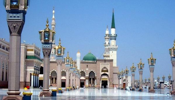 موقع مكة المكرمة المسجد الحرام والكعبة المشرفة والصفا والمروة