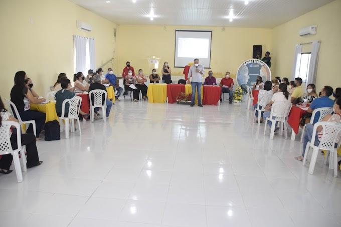 Realizado o Encontro de Gestores Escolares, com pronunciamento do prefeito Antônio Martins
