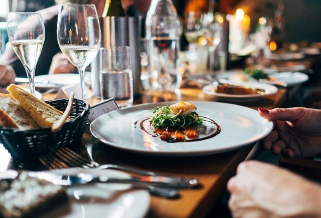 how to open restaurant low on funds bootstrap restaurateur