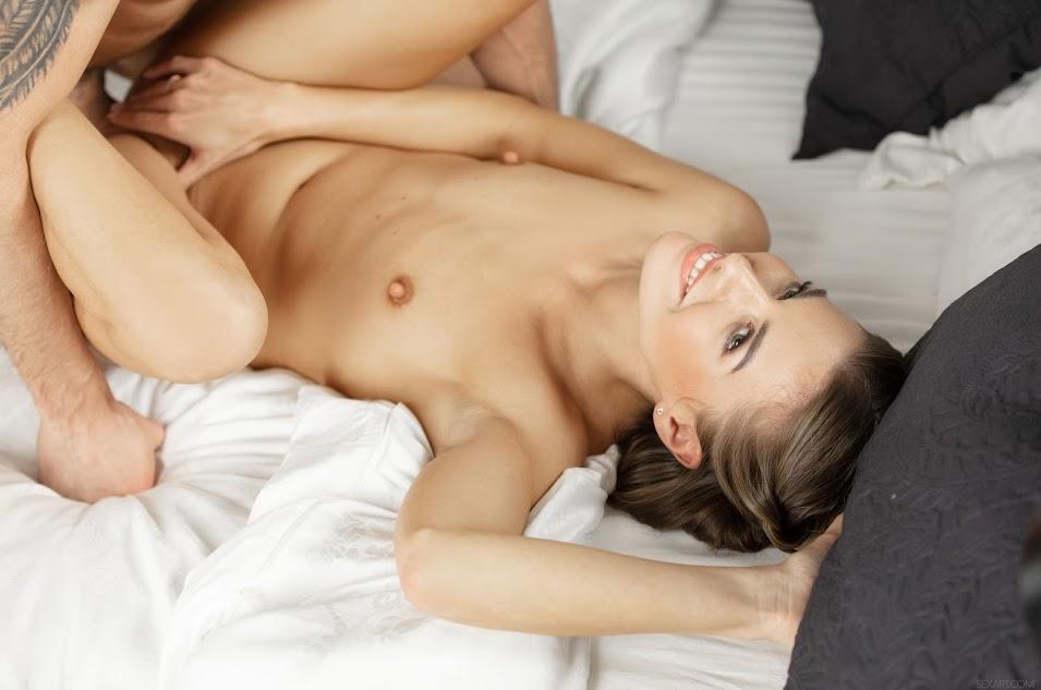 [Sex-Art] Maxmilian Dior, Eveline Dellai - Dirty Dancing - idols