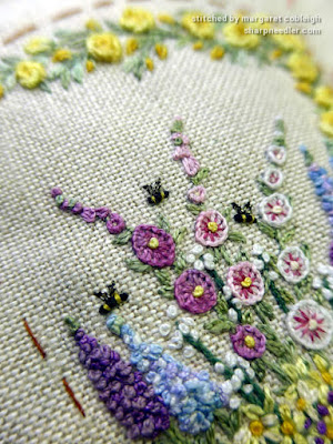 Embroidered bees on Lorna Bateman-designed scissors keeper