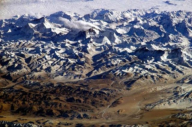 montañas en el everest
