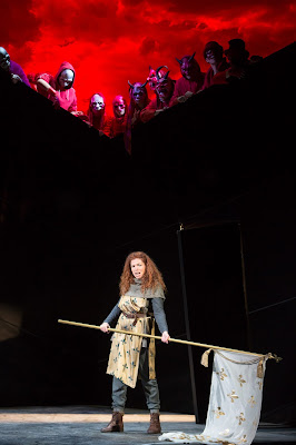 Kate Ladner in Elijah Moshinsky's production of Verdi's Giovanna d'Arco at Buxton Festival in 2015 (Photo Jonathan Keenan)