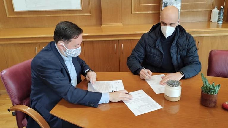 Υπεγράφη η σύμβαση για την αποκατάσταση των ζημιών στη γέφυρα Λουτρού