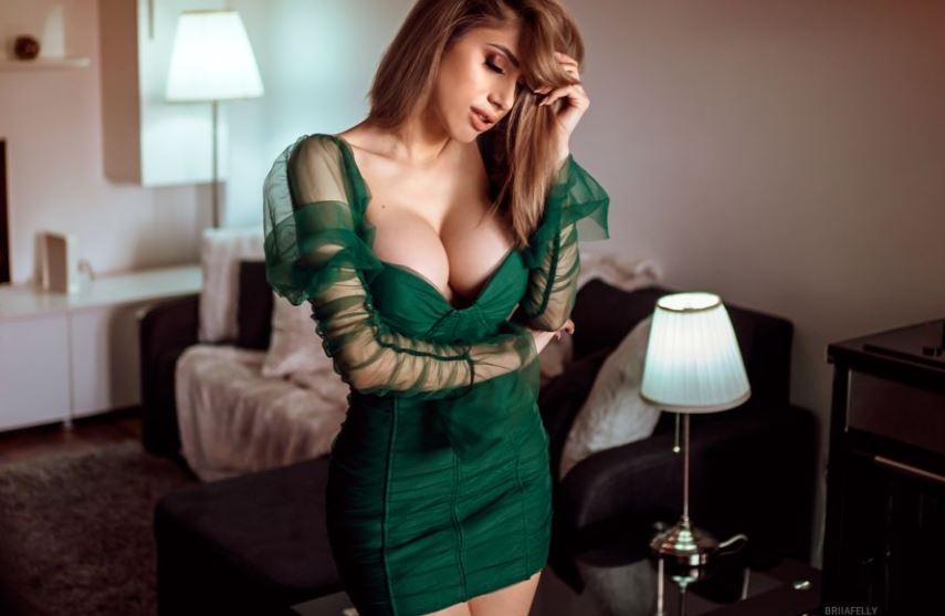 BriiaFelly Model GlamourCams