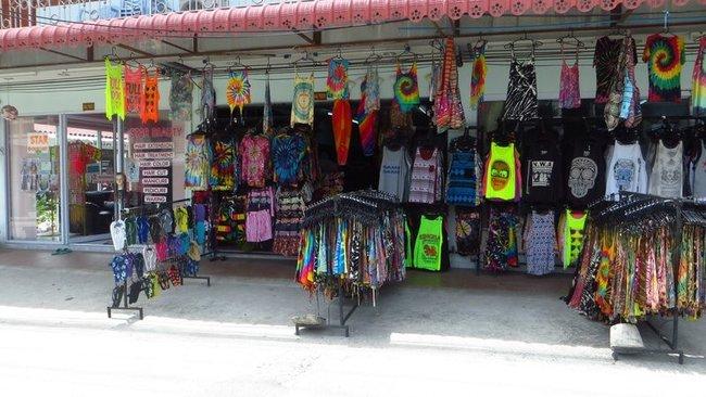 Магазин одежды на Пангане