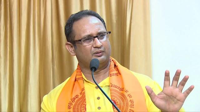 व्यक्तित्व : कौन हैं डॉ चिन्मय पंड्या,जानें युवा क्यों मानते हैं इन्हें अपना आदर्श,ओजस्वी वक्ता,प्रखर व्यक्तिव के धनी डॉ पंड्या को जानें .....