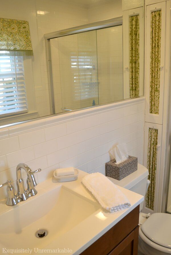 Green and White Cottage Style Bathroom