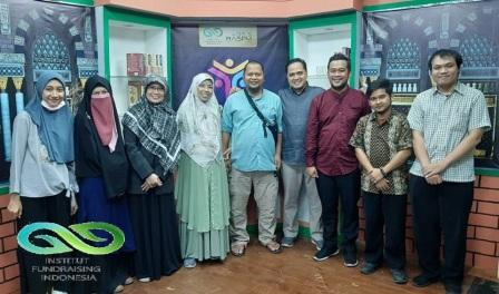 Institut Fundraising Indonesia adalah lembaga training, consulting dan publishing yang bergerak di bidang fundraising yang berdiri sejak tahun 2013.