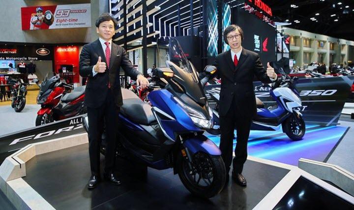 Xe ga phân khối lớn Honda Forza 350 có giá 5.500 USD