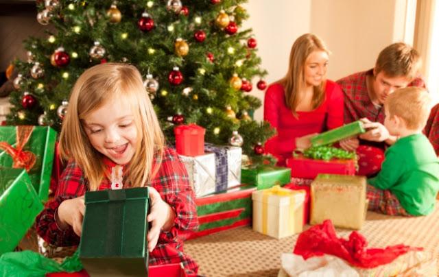 Brincadeiras natalinas com as crianças