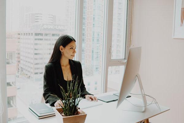 Habits of successful women