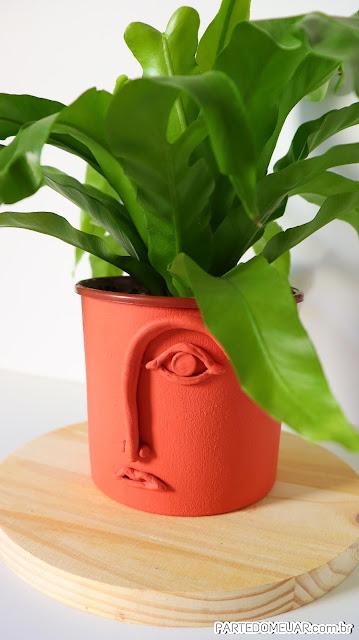 Ideias com potes de plastico