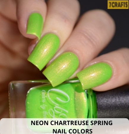 Neon Spring nail Chartreuse
