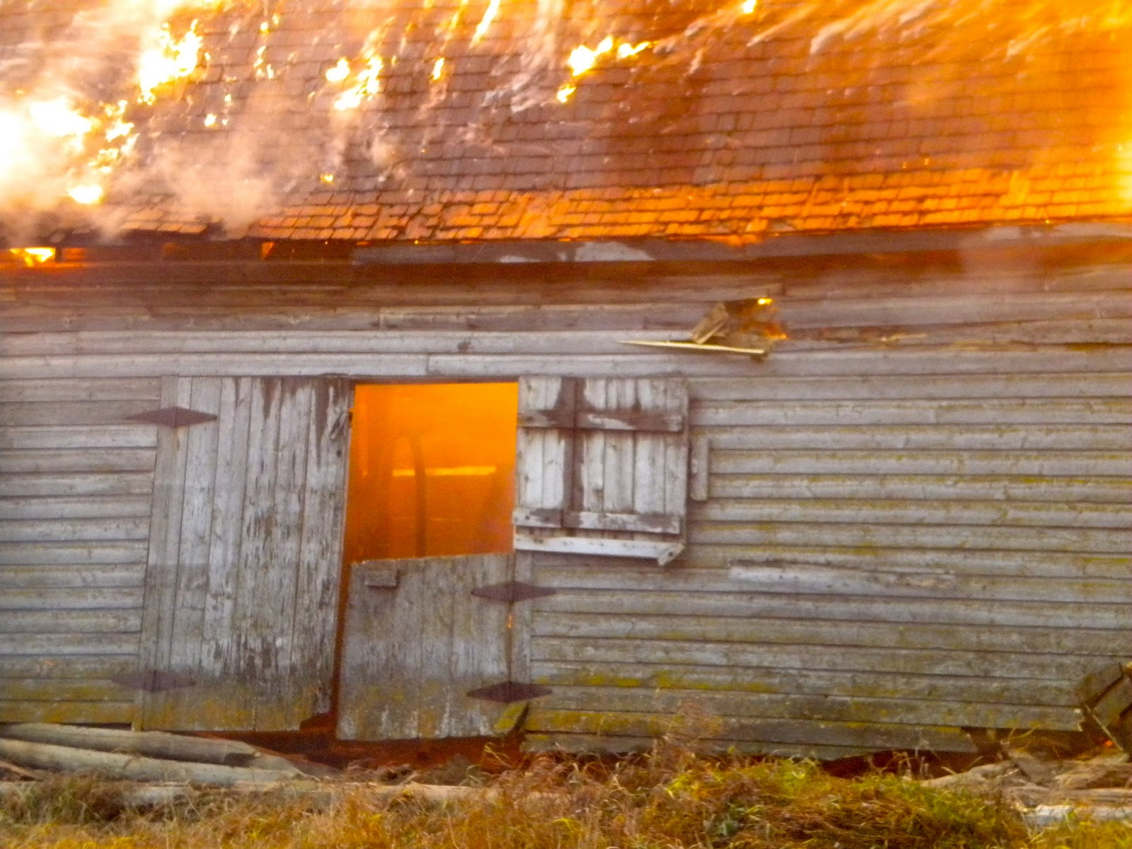 barn burning analysis Buried beneath the stream of consciousness sentence structure in faulkner's barn burning is the story of a boy and the father he both loves and hates.