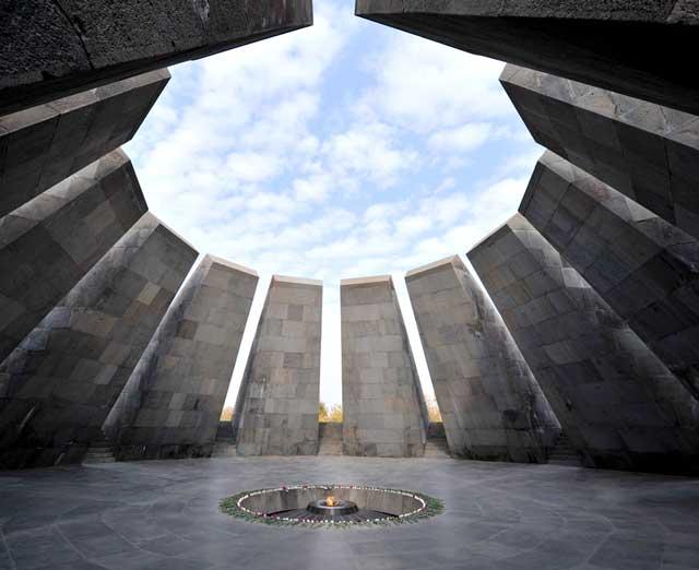 mausoleo di Dzidzernagapert