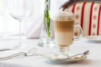A kávéhoz is kell egy kis tejtermék