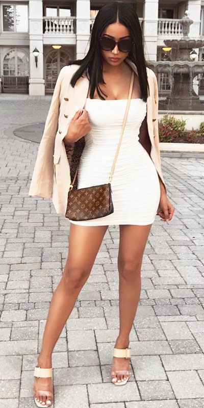 Perfect Instagram worthy outfits? See these 25 Breathtaking Fall Outfits for Going out. Women's Style + Date Outfits via higiggle.com | white mini dress | #falloutfits #dateoutfits #casualoutfits #minidress