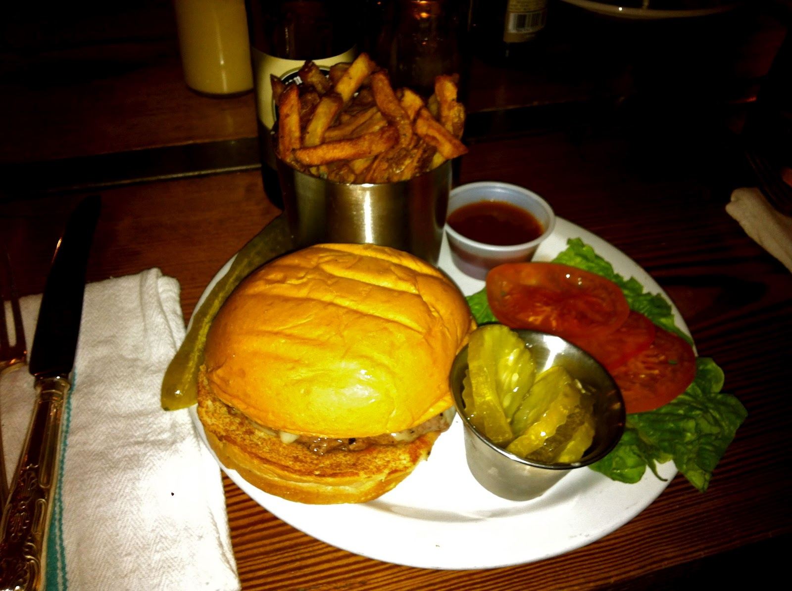 Recitherapy: Friday Fave or Fail     Burger Up