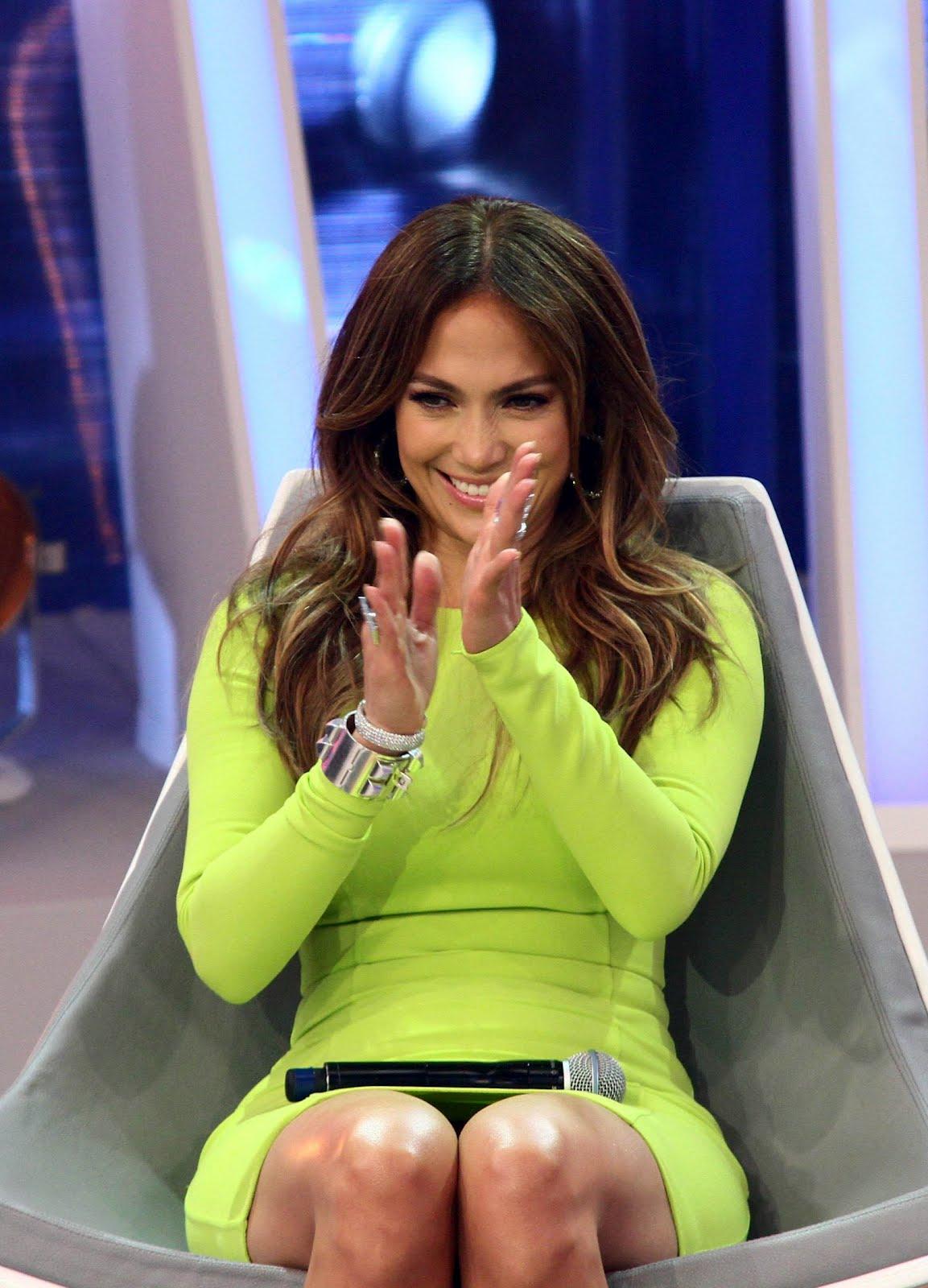 Jennifer Lopez wears neon dress on Brazilian TV show