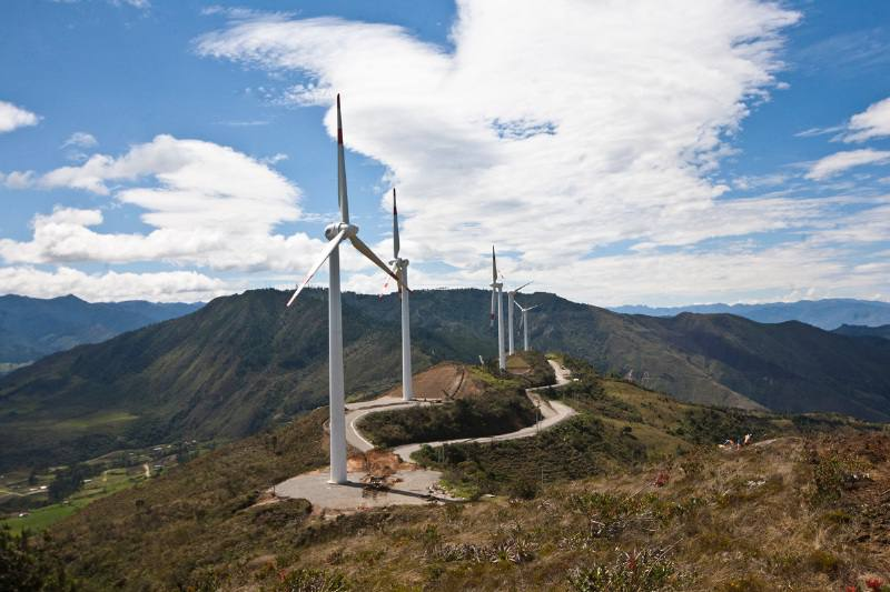 Wind power and solar energy projects in Ecuador are tendered