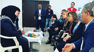 Lindsay Lohan, Selebrity Hollywood Memilih Habiskan Akhir Tahun dengan Pengungsi Suriah