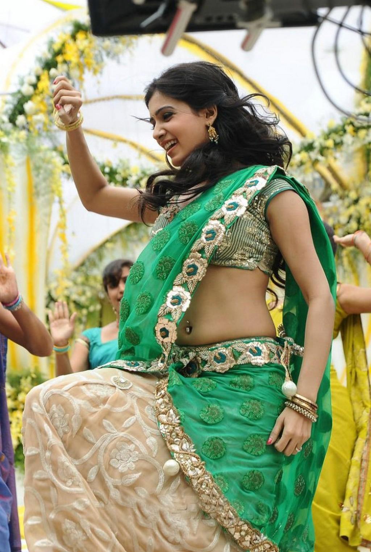 http://www.cinemasstars.com/2016/04/heroine-samantha.html