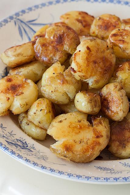 Mladi pečeni krompir